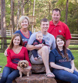 Hoyt family photo - visit us in Huffman today!